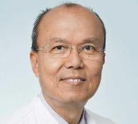 Prof. Lumenta datang di Surabaya